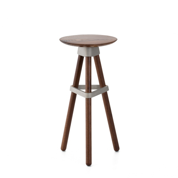 3LEGS STOOL Walnut