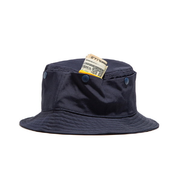 TRAVEL POCKET BUCKET HAT NAVY